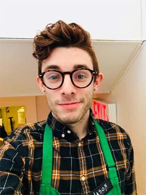 Jeune barista homosexuel sur Toulouse
