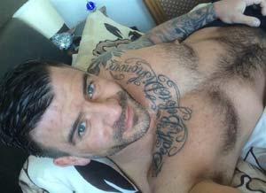 Martin, gay TTBM à Rodez, dispo pour sexe