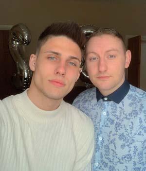 Couple homo cherche amis ou plus à Nevers 58