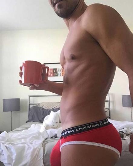 Duo pipe et café ca te branche ?