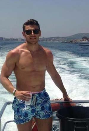 Baise entre gays en mer - La Seyne-sur-Mer