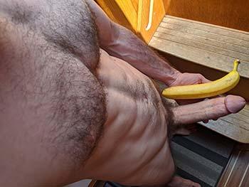 Bite plus grosse qu'une banane à Nantes