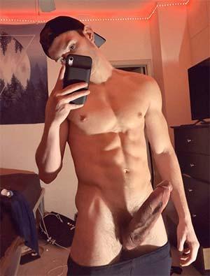 Gay à la bite gigantesque sur Roanne 42